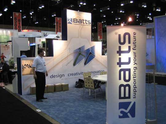 "Batts Custom Portable Exhibit 20' Popup w/ Bannerstands 12'h X 20'w X18"" d"