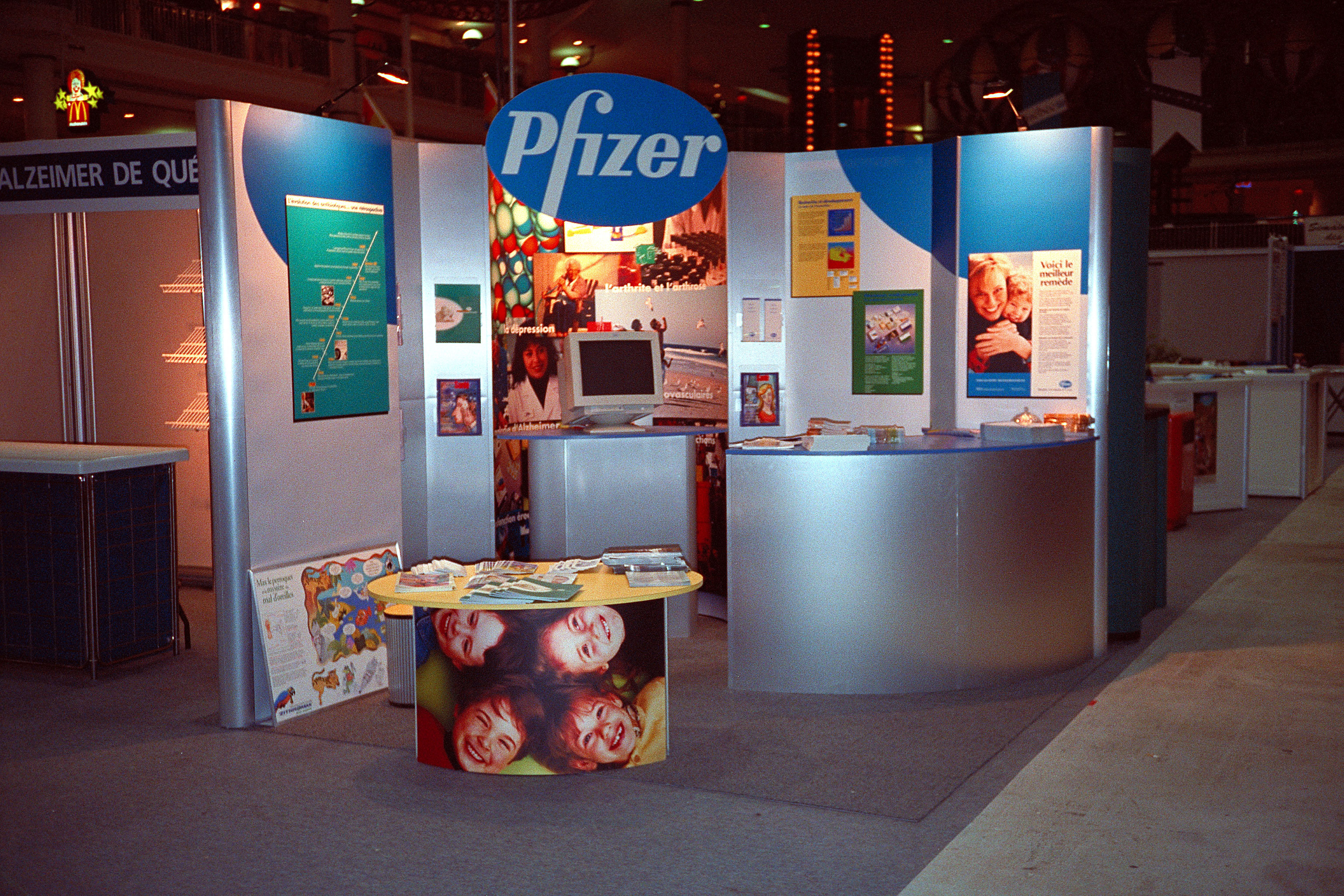 Custom Modular Exhibit for Pfizer