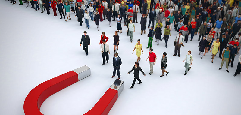 The 7 BEST Ideas for Attracting People to your Trade Show Booth: People magnet
